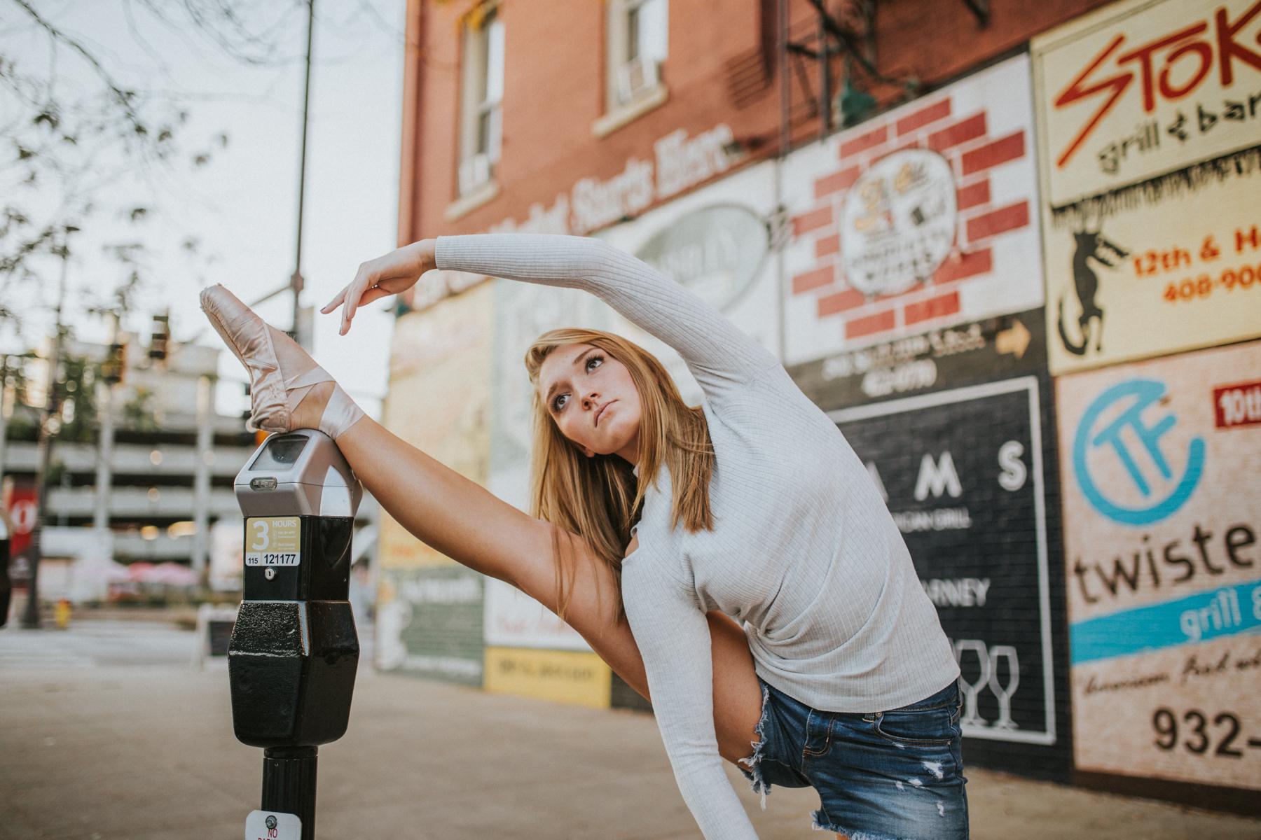 Ellie Downtown-9965.jpg