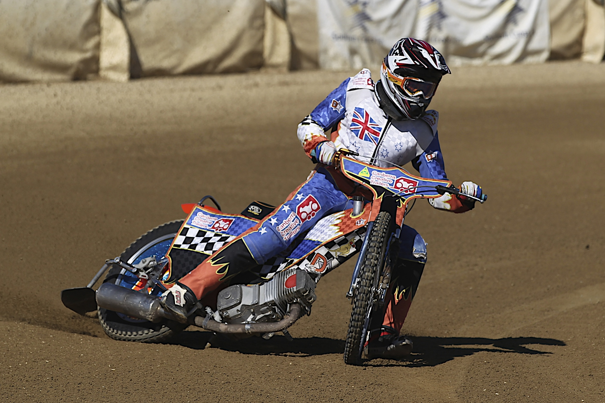 James Dimmock is wasting no time in chasing his New Year's Resolutions, attempting to qualify for the Australian Speedway Championships on New Year's Day
