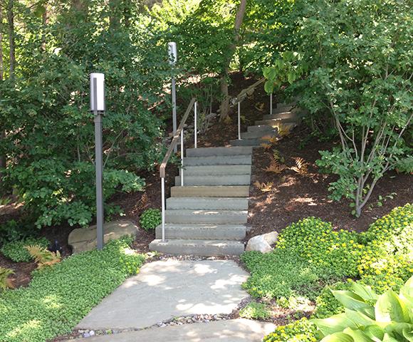 2014016-9182-South-Rhodes-Rd-stairs-Website-Portfolio-Image-580x480.jpg