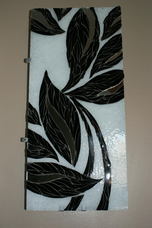 Mosaic Glass Leaves (Black & White)