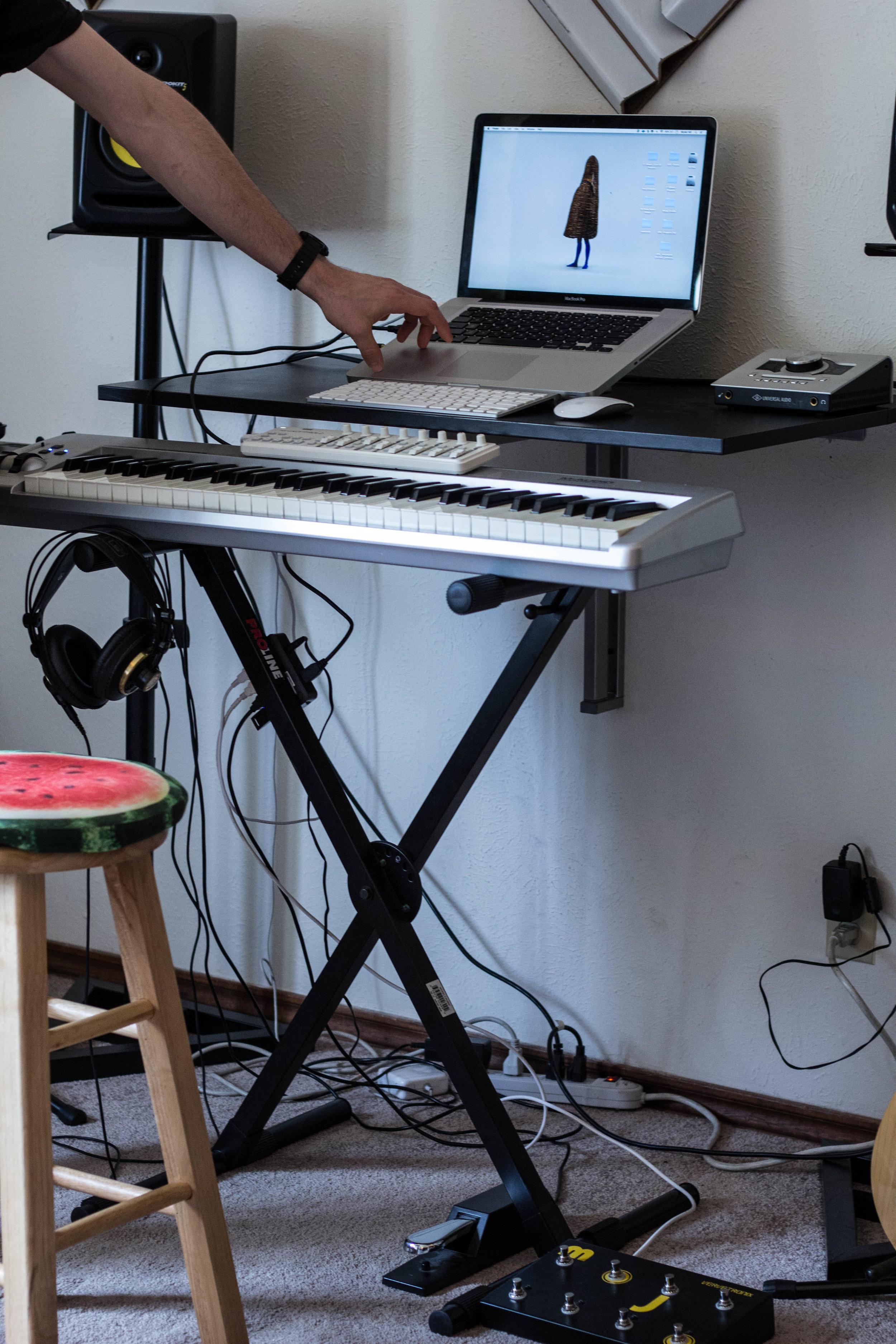 LAPTOP - 2009 MacBook Pro  KEYBOARD -  MAudio Keystation 61 key   AUDIO INTERFACE -  Apollo Twin Sound Station   MIDI CONTROLLER -  Korg NanoKontrol2