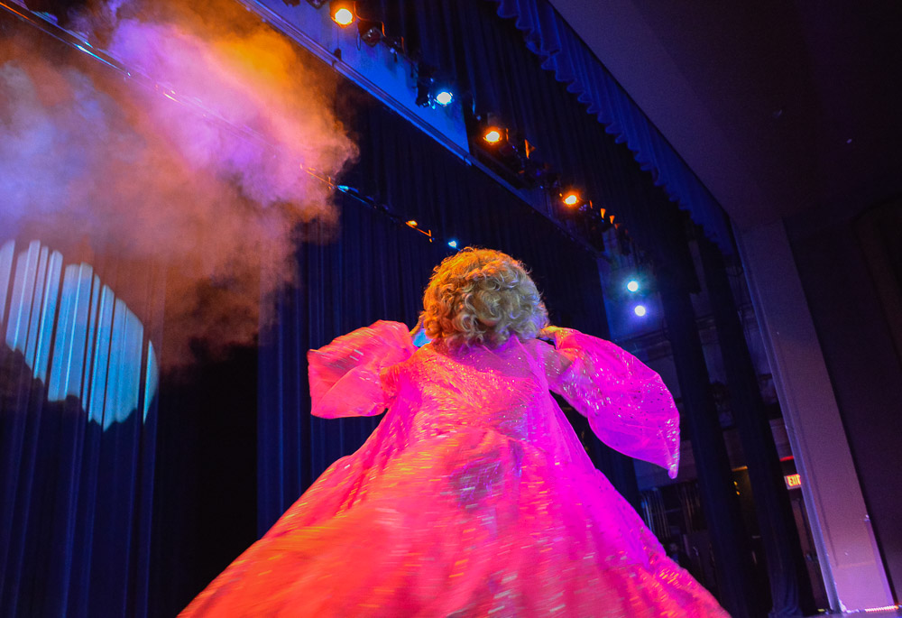 Alyssa Edwards opening the show.