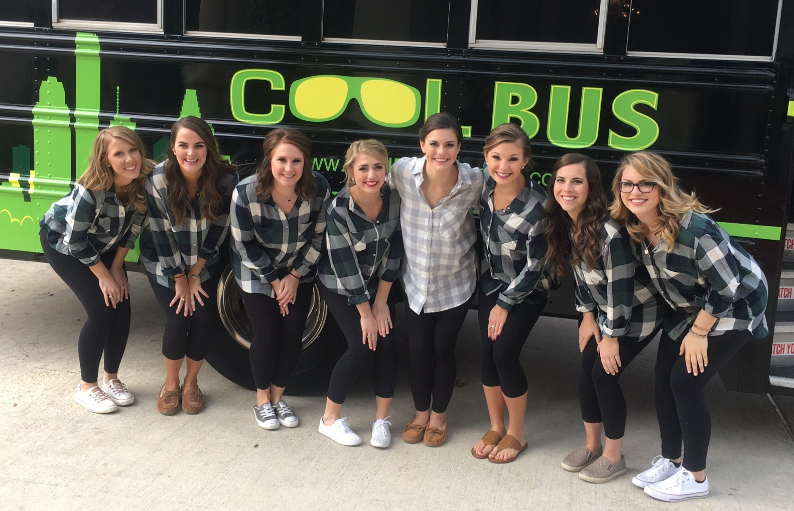 Bridal Party in front of Cool Bus Houston