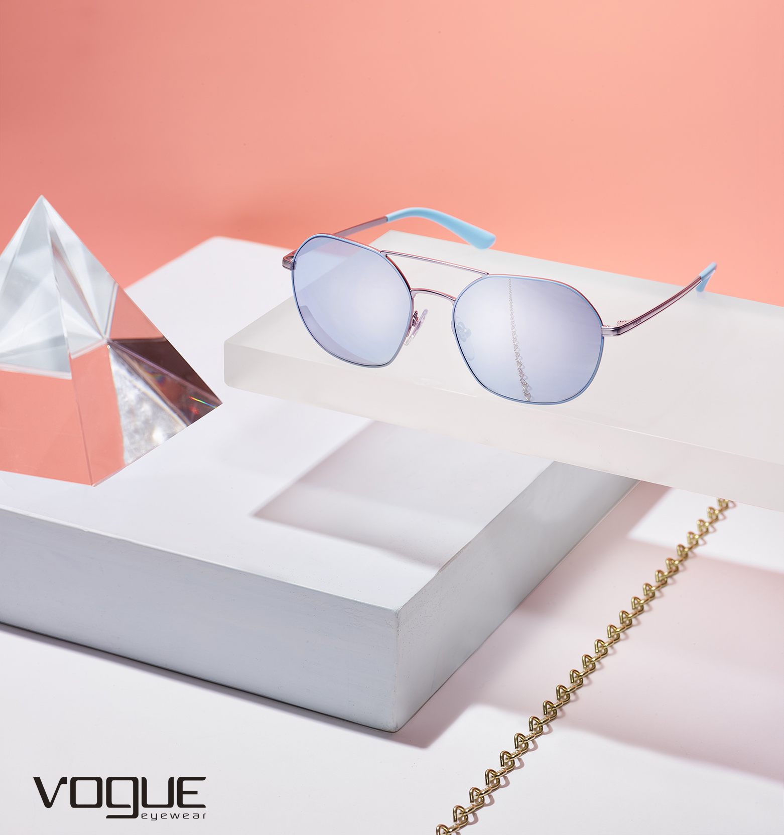 flat2016_NOV_7_VOGUE_EYEWEAR_REFINERY29_ShanaNovak_COMP9 copy.jpg