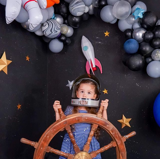 🚀✨Follow @irelynbrand for her ADVENTURES !🚀✨ #DM her mommy managed account for collabs . Loving all the photos we've been seeing our visitors post!  Balloons: @yayyoureinvited  Paper Goods: @vallepapel