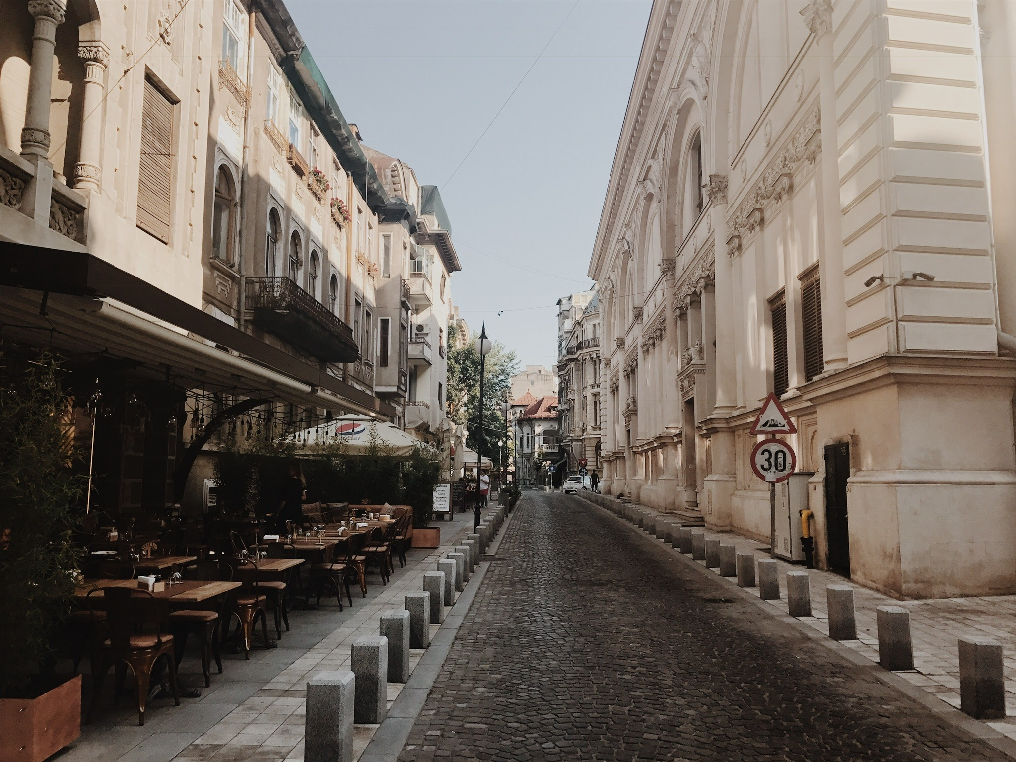 Bucharest streets.jpg