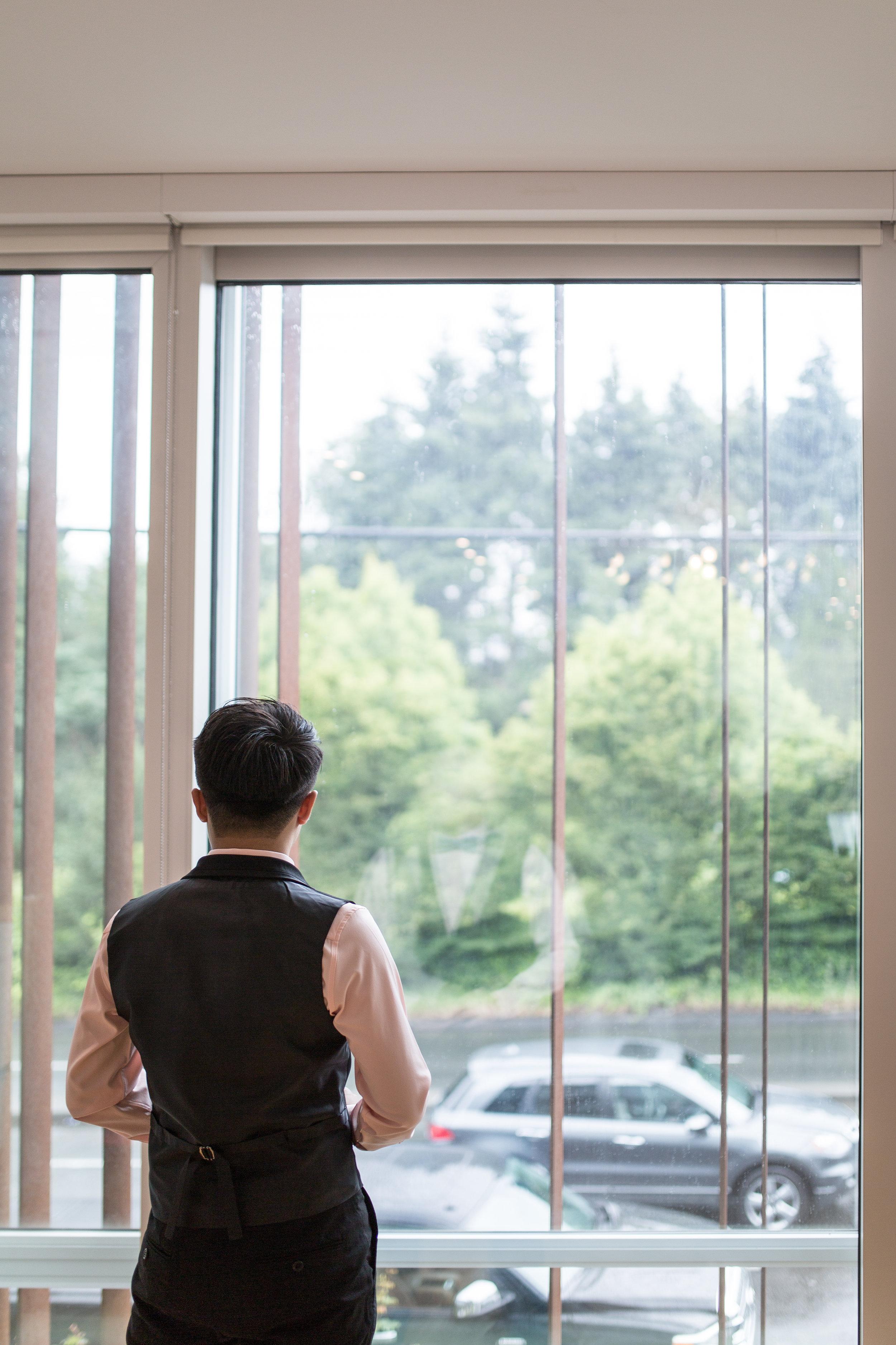 Vancouver Wedding Groom's Prep