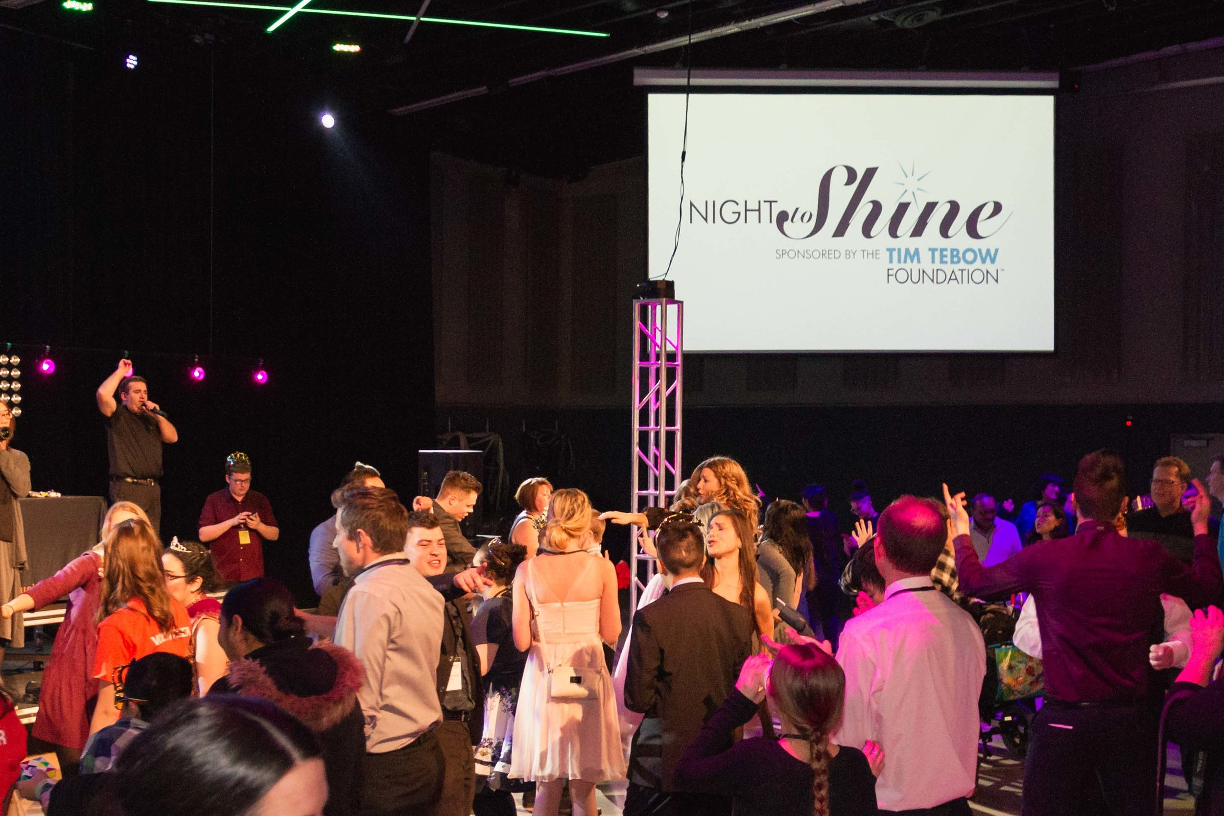 InBetweenDreamsWedding_NightToShine2018_HorizonChurch (401 of 514).jpg