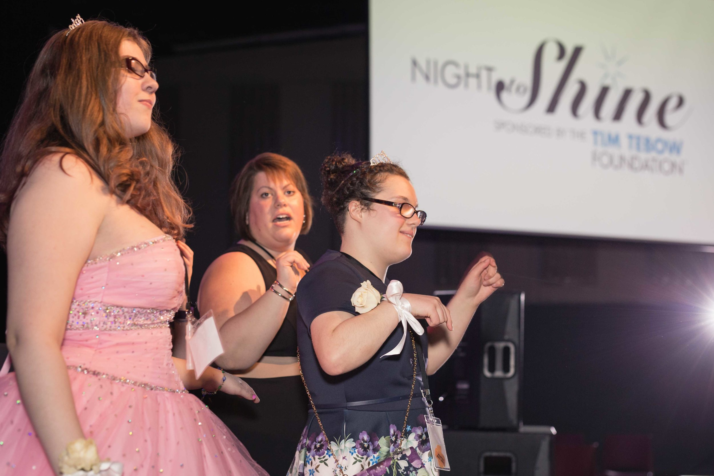 InBetweenDreamsWedding_NightToShine2018_HorizonChurch (407 of 514).jpg