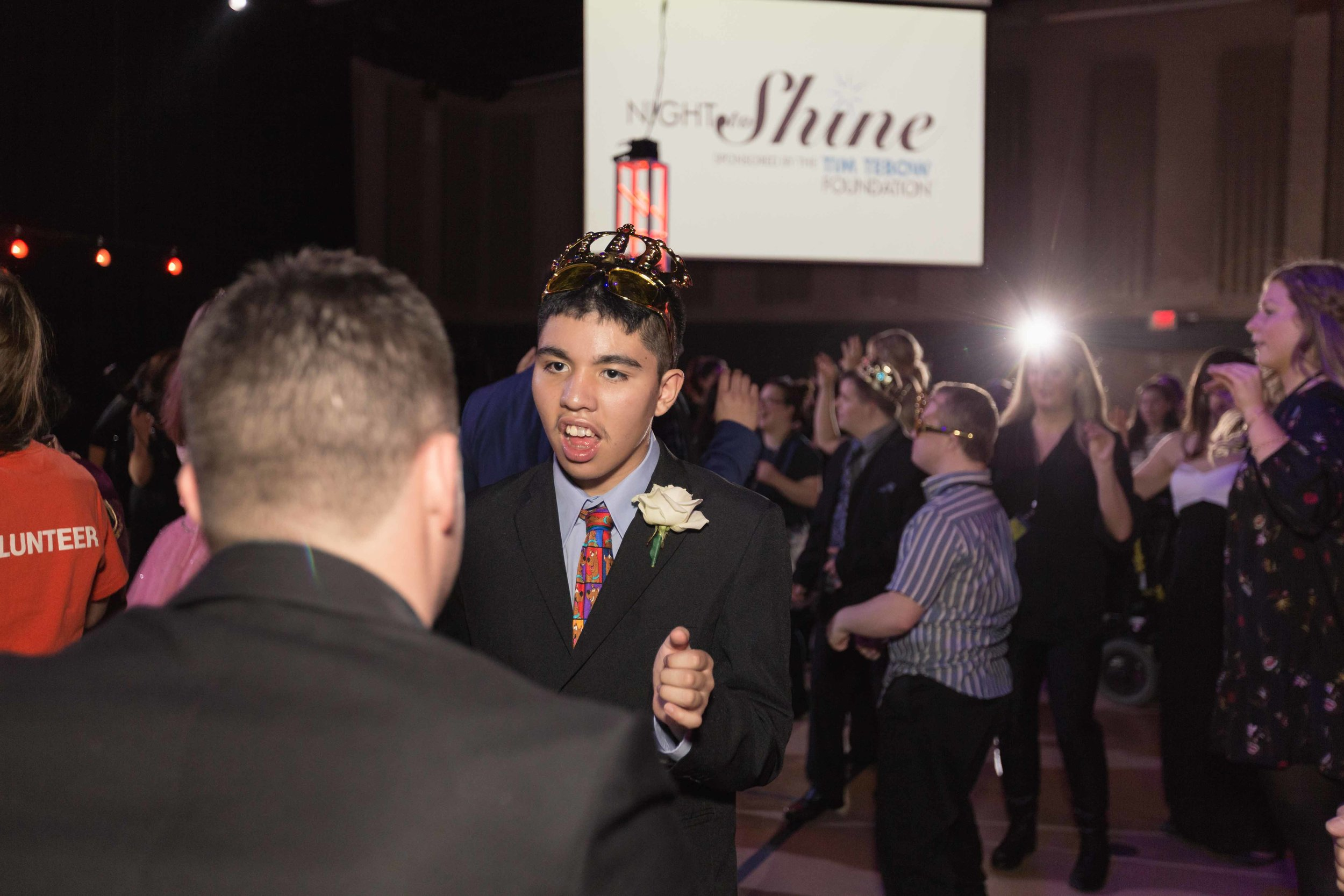 InBetweenDreamsWedding_NightToShine2018_HorizonChurch (427 of 514).jpg