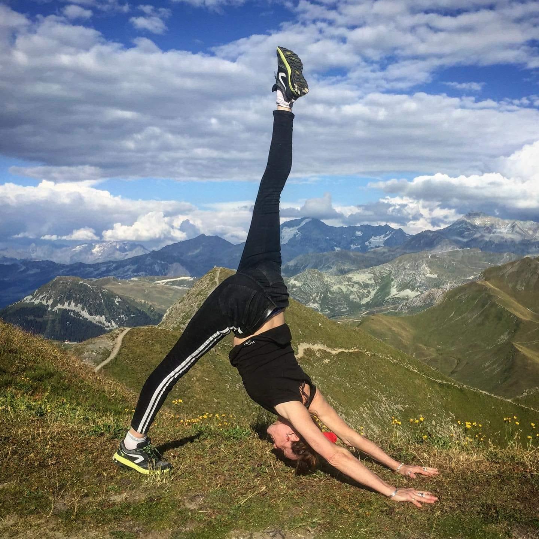 Anne France Saunier hatha Yoga dynamique .jpg