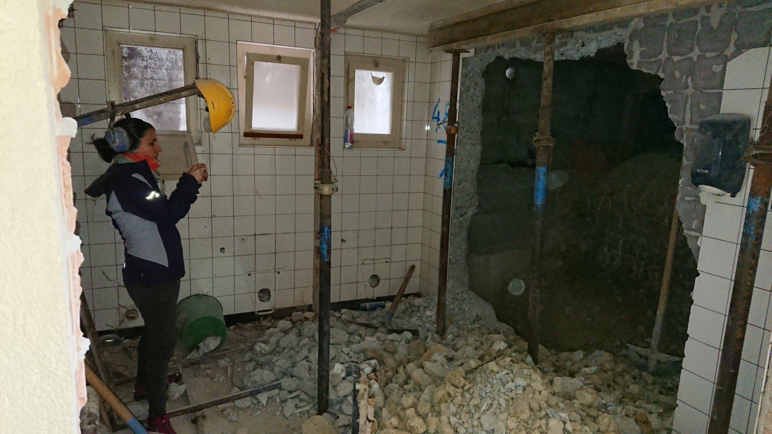 toilettes tea-room-- en réafectation