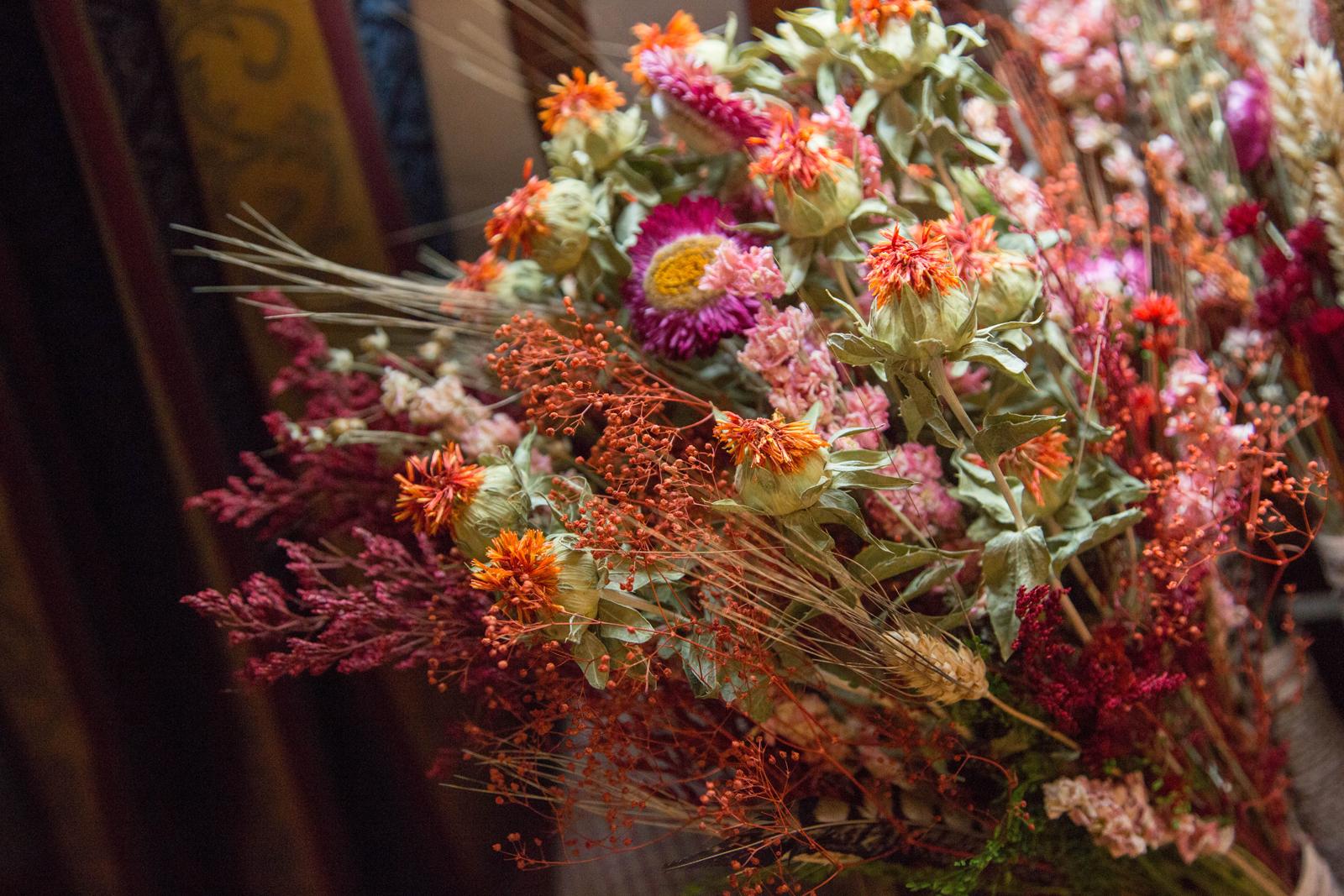 dried flower wedding bouquet.jpg