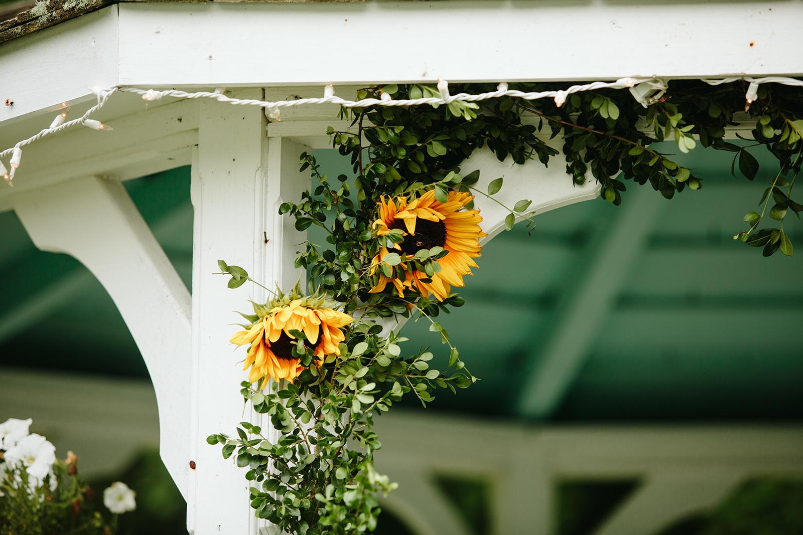 sunflower wedding bouquet.jpg