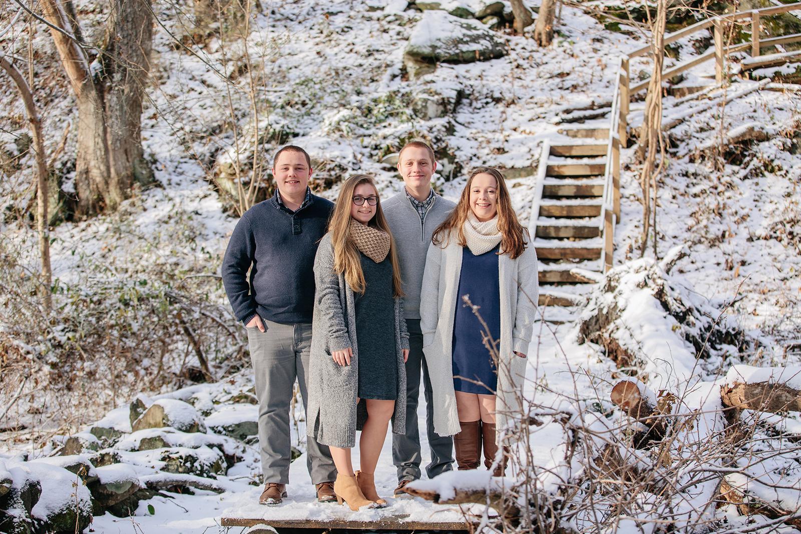 snow family photos.jpg
