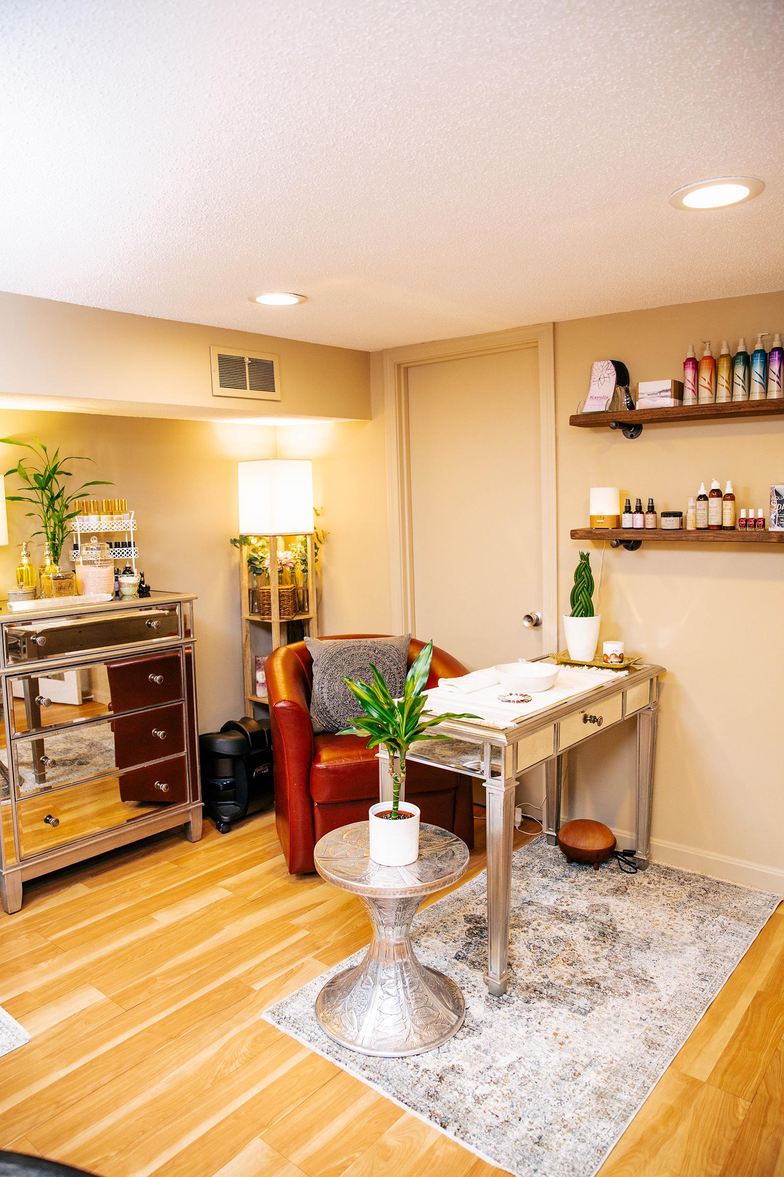 vegan nail salon.jpg