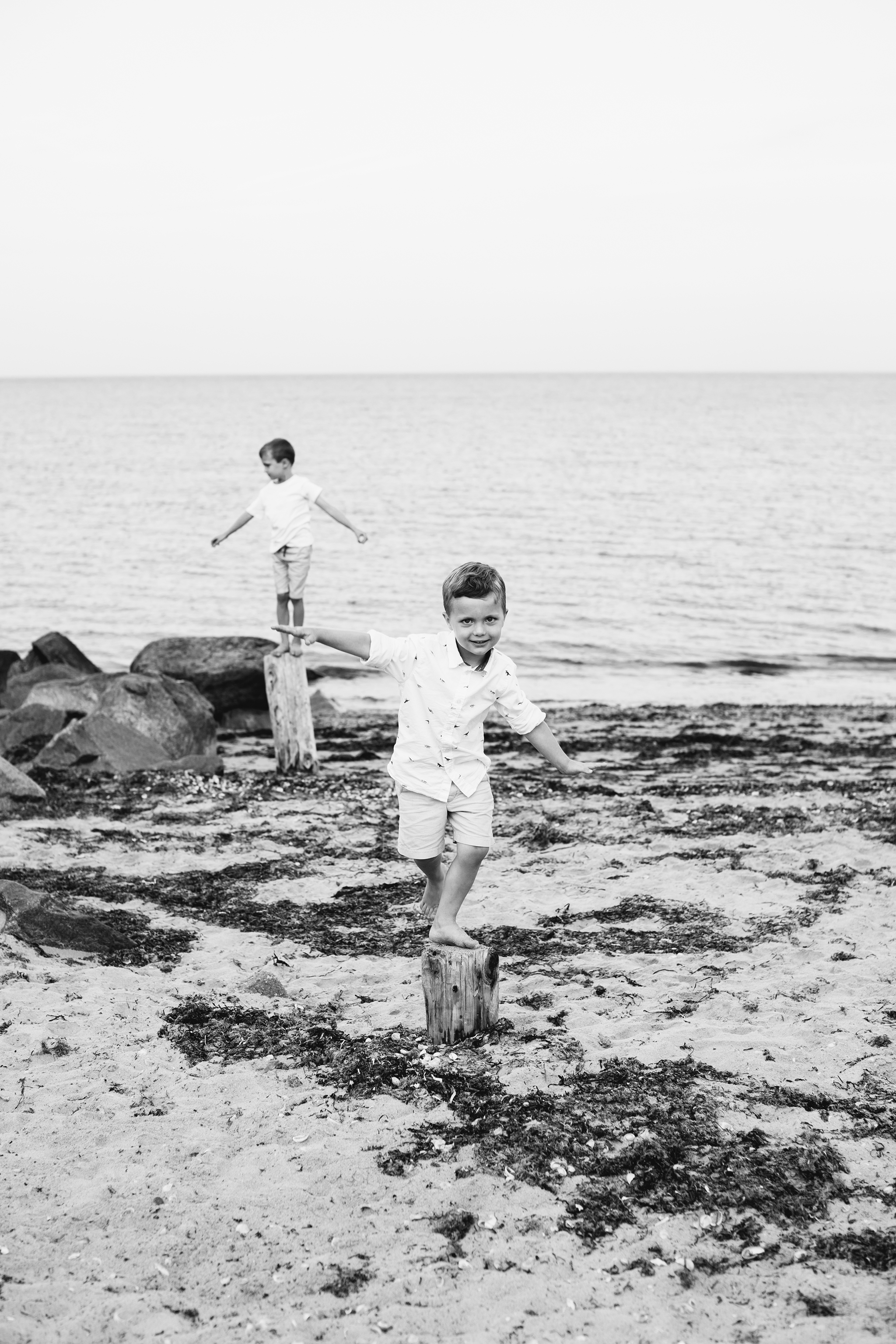 photography by mallory - beach family photos.jpg