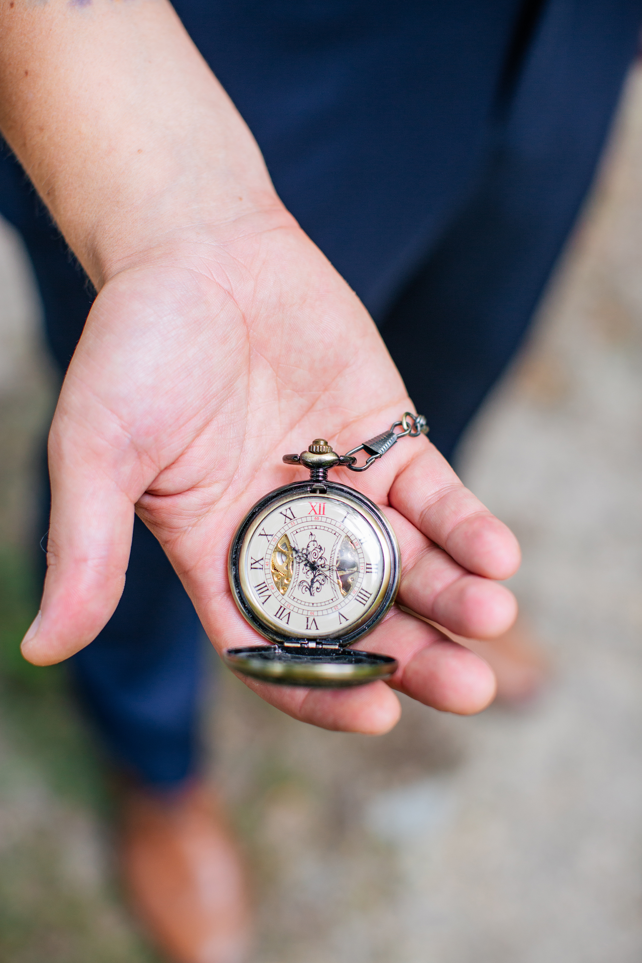 photography by mallory - pocket watch.jpg