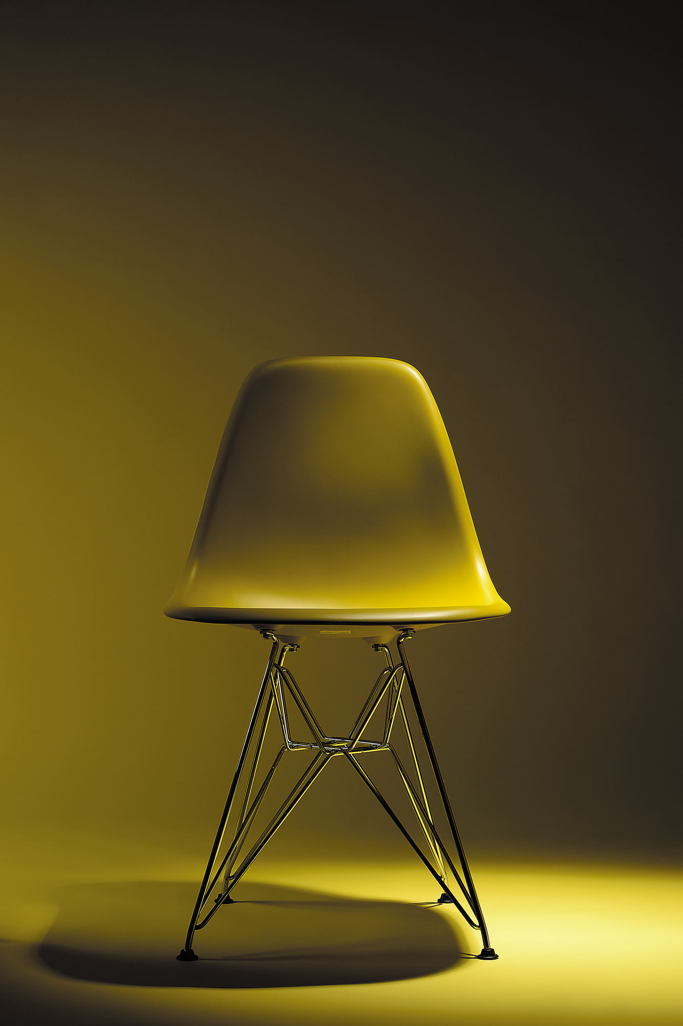 02) Z-Yellow-Chair-Front-Img32000.jpg