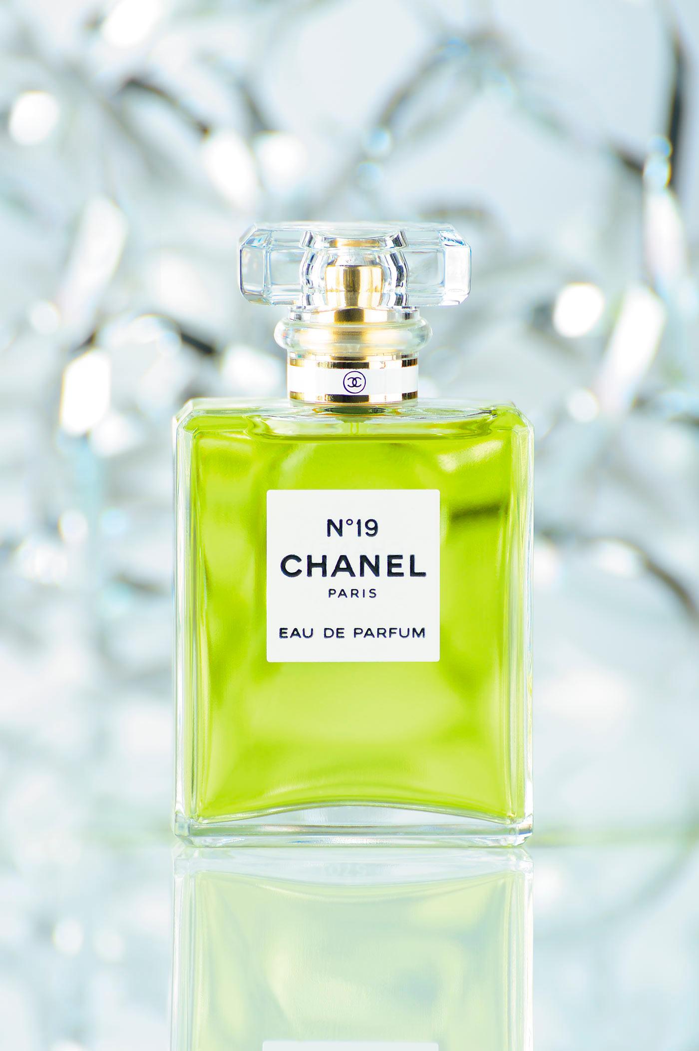 06) studio-product-perfume-phil-rowley-photography-01.jpg