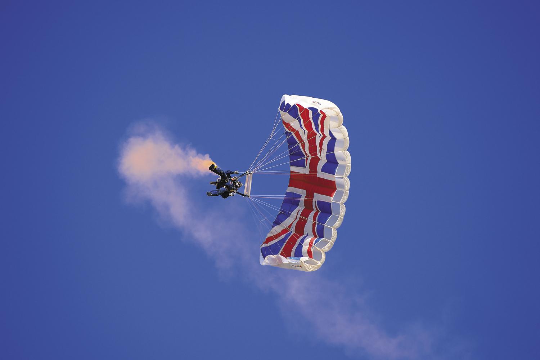09) Air Show The Tigers Parachute Display Team_CRL1267.jpg