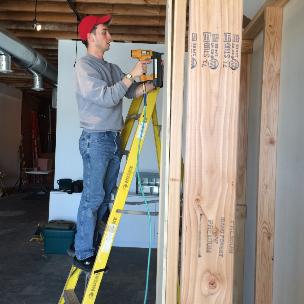 BUILDING THE MOVABLE WALLS