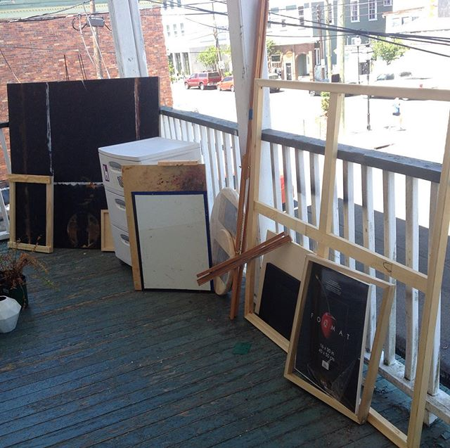 Free art stuff porch at 220 Apt C Rutledge Ave until around 9pm. Must pick up, plants not included