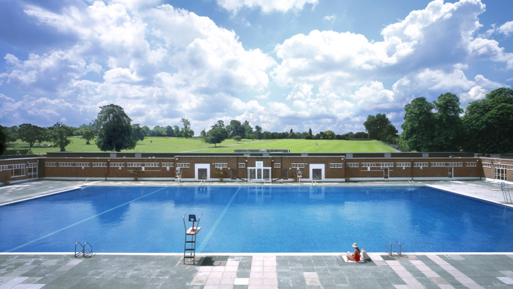 Brockwell lido (Source: timeout.com)
