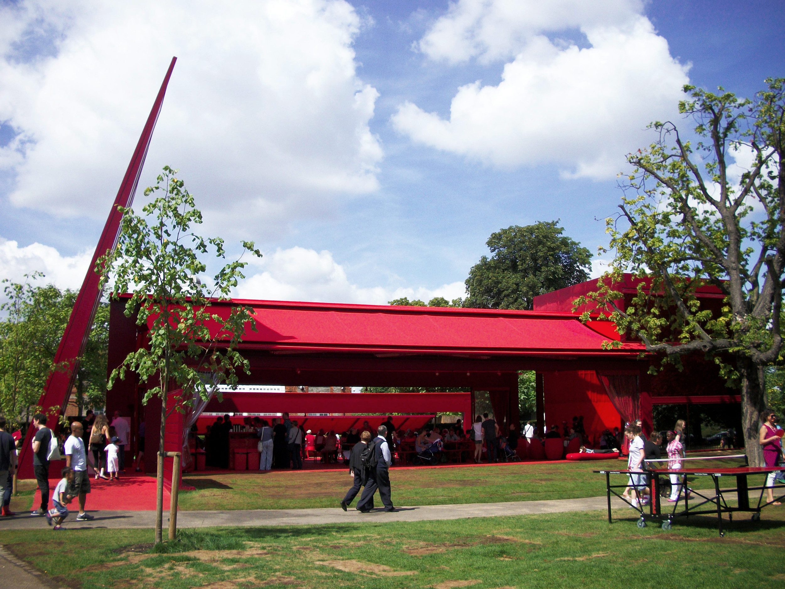 Serpentine Pavilion, Jean Nouvel (2010) - own photo