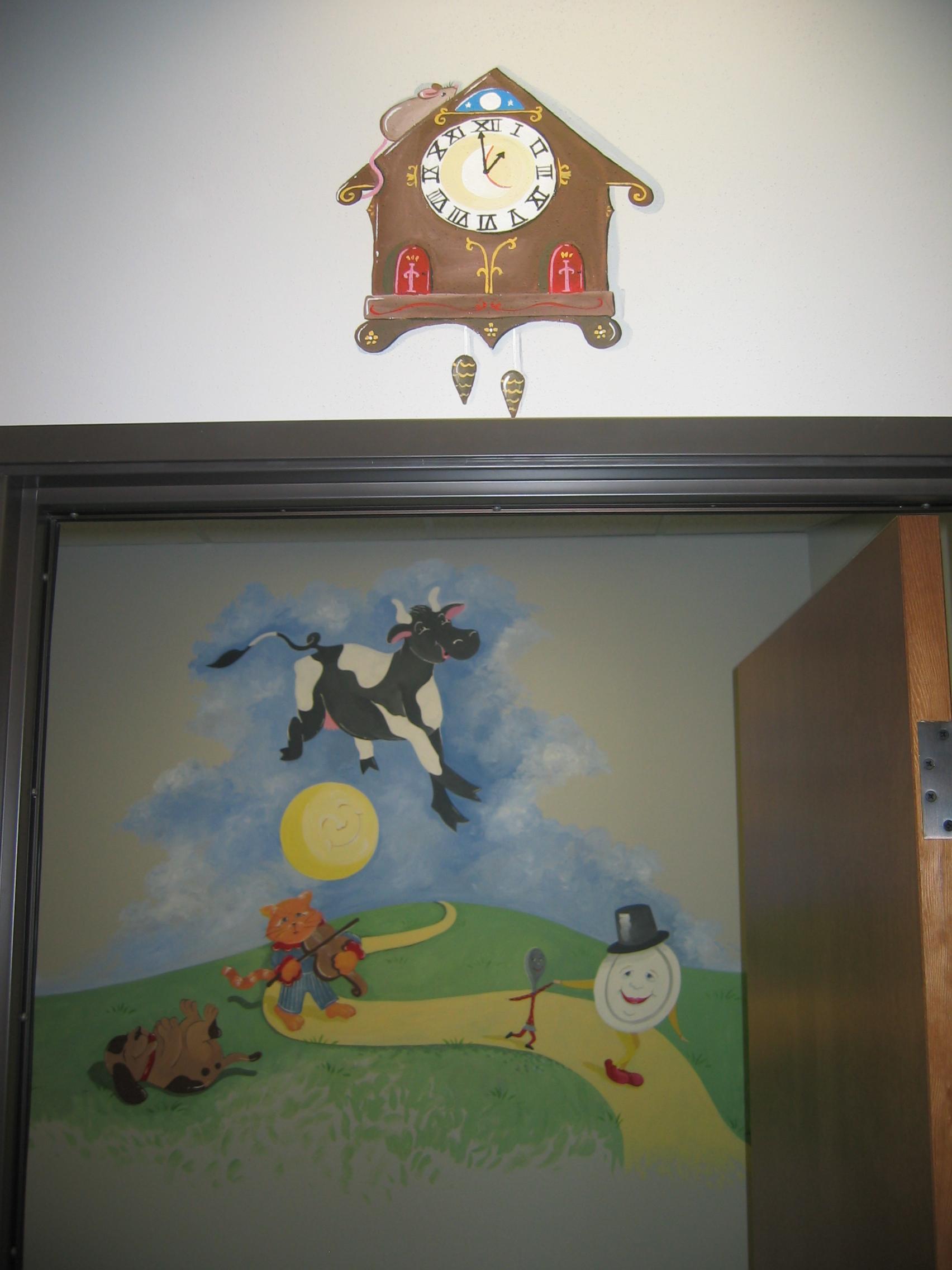 20031214.03.dallas.mural.cow.over.moon.jpg