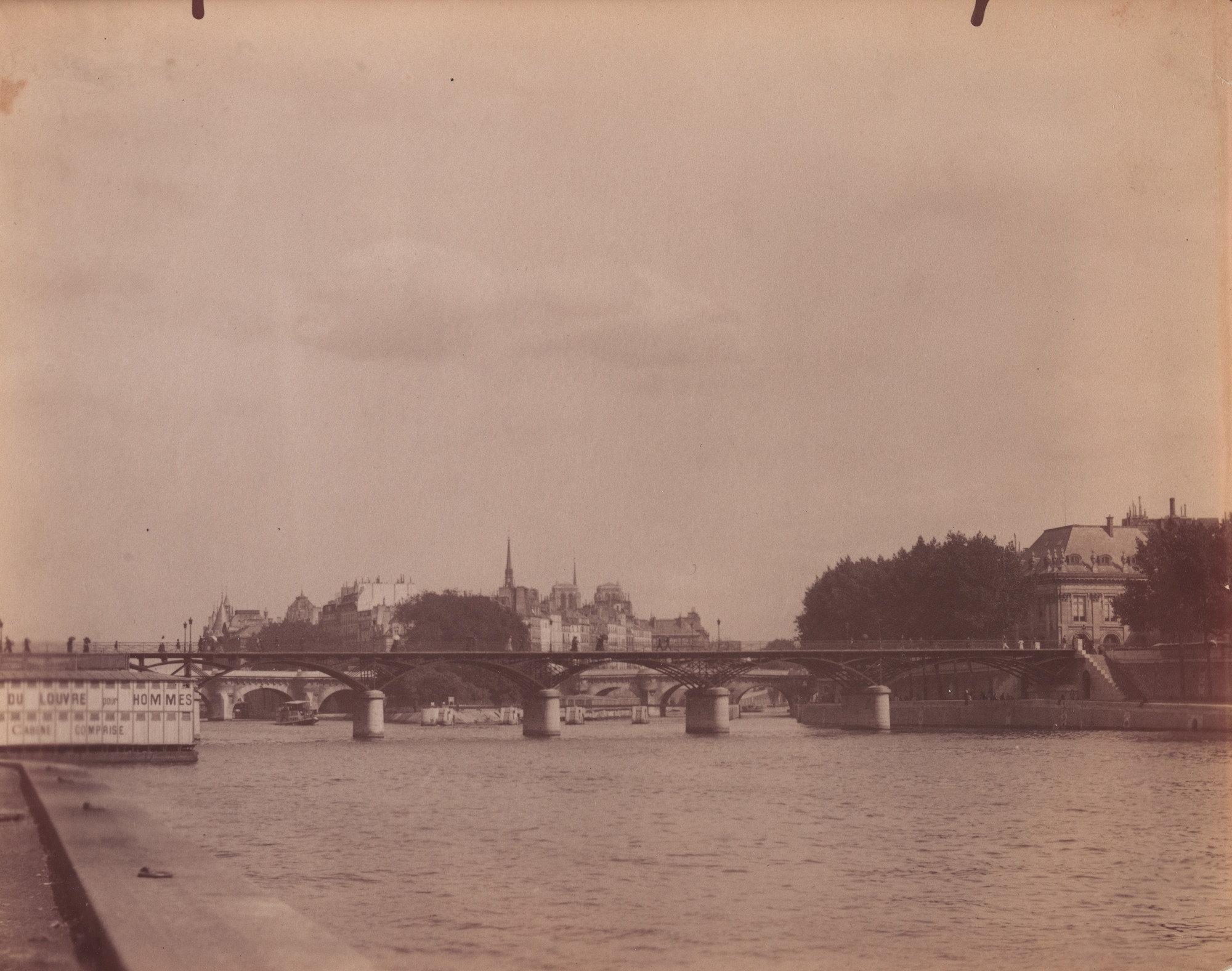 Eugène Atget, Untitled [View of the Seine and the Ile de la Cité]. 1899   Source:  Lien
