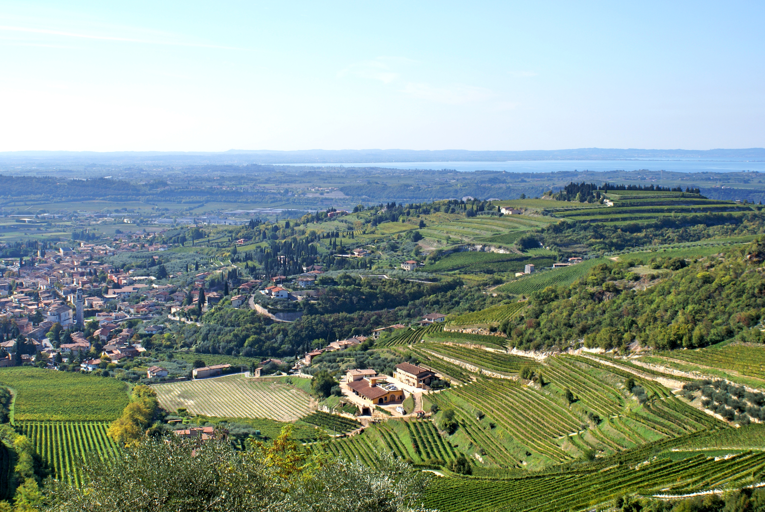 The 'valley of many cellars' is formed of several famous fingerling valleys