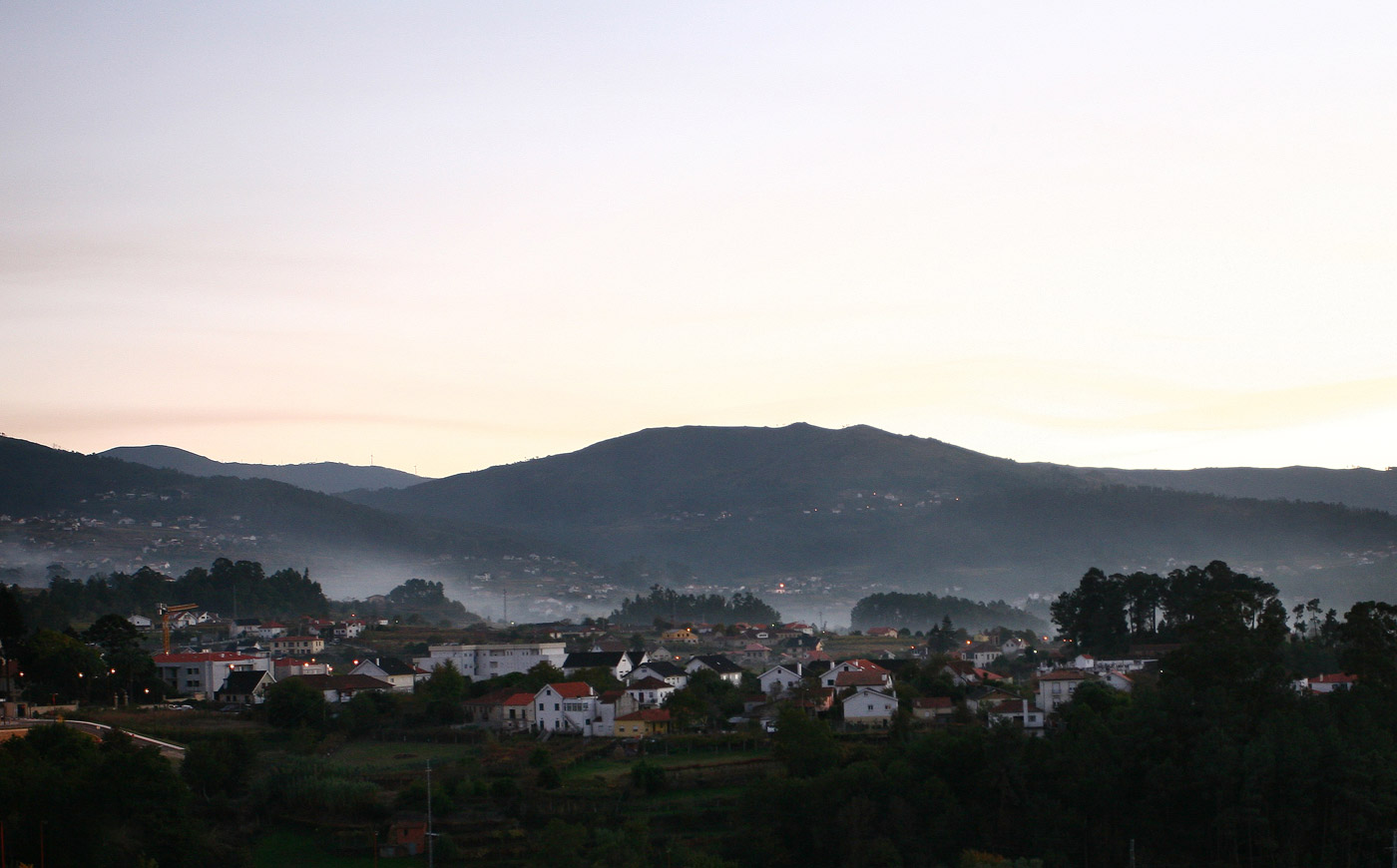Mists in Melgaco, Minho
