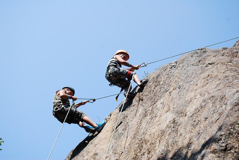 climbing-1358466_960_720.jpg