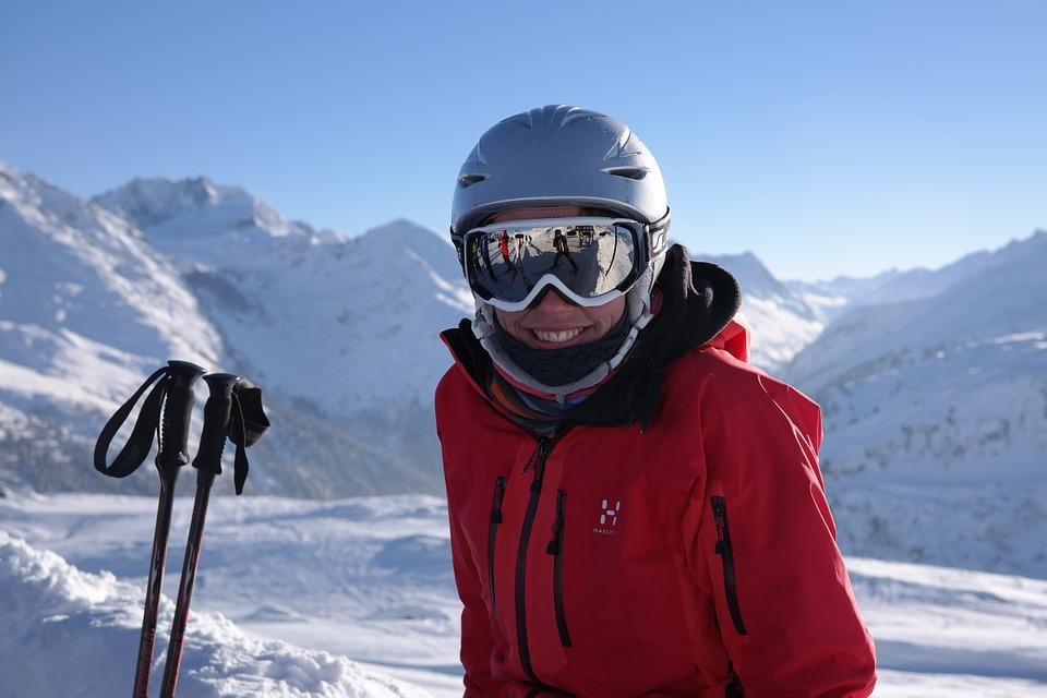 skier-999279_960_720.jpg
