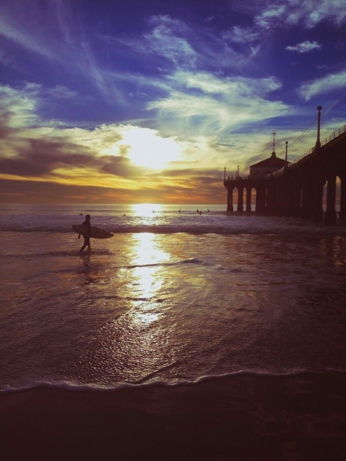Aaahhh, the sweet, cool beauty of the pier at sunset. (Thanks to timmytwothumbs on Tumblr for the photo.)
