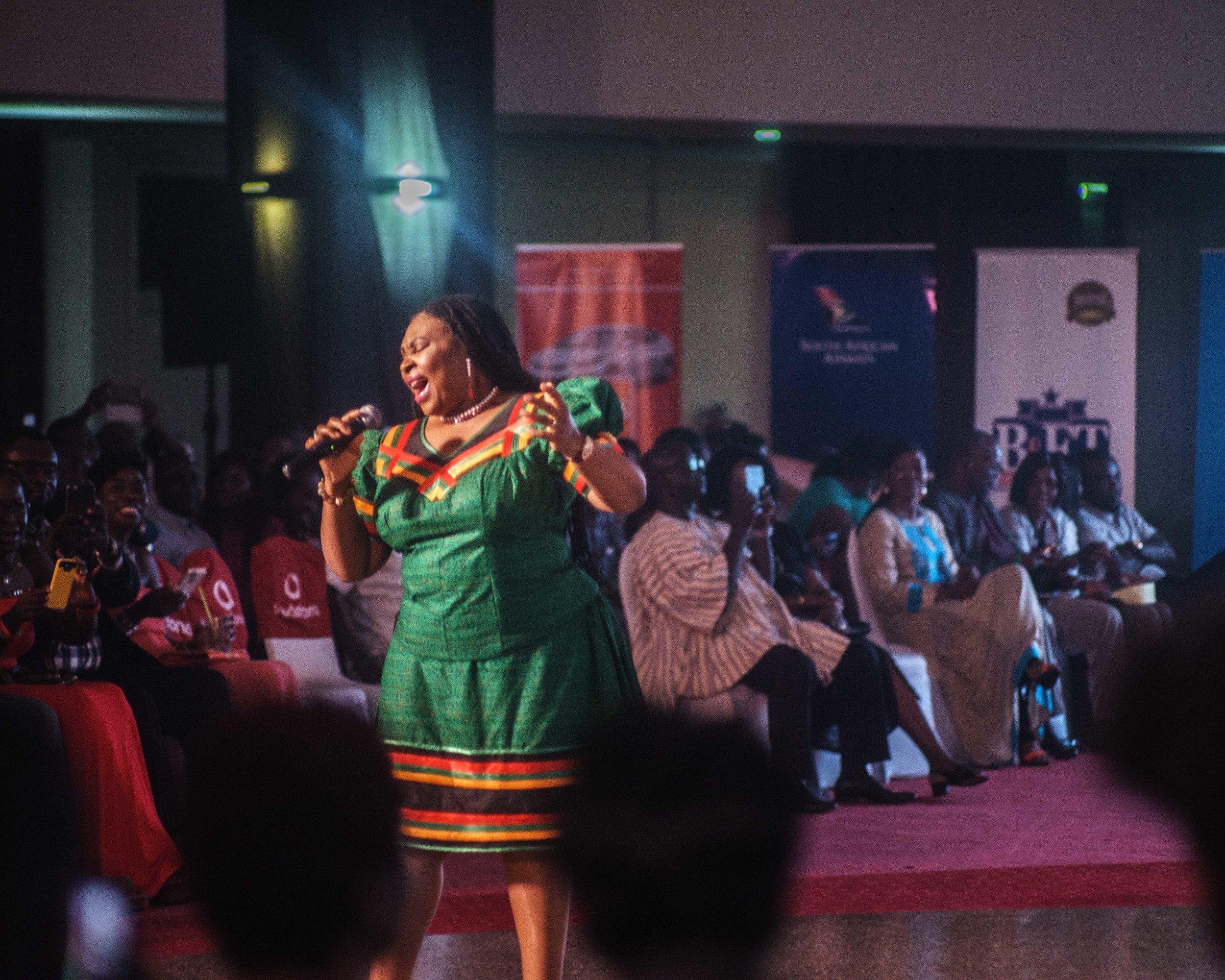 'Yvonne Chaka Chaka'
