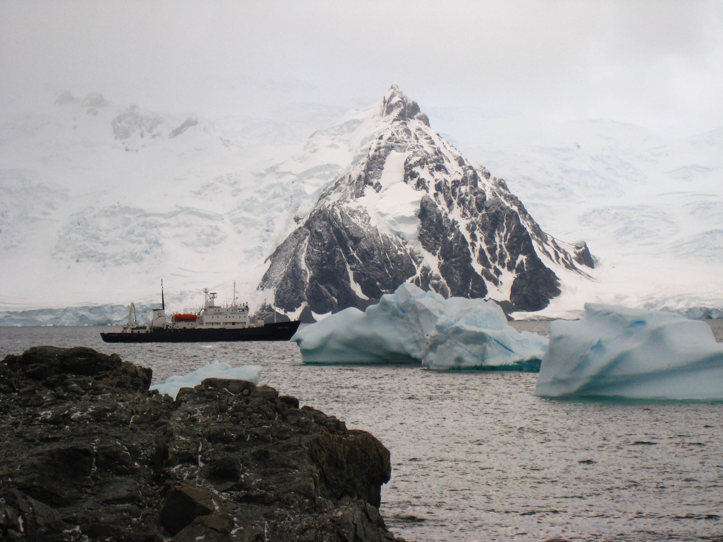 Antarctica - 15 of 33.jpg