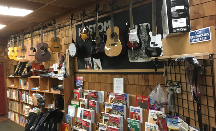 countrywood_music_guitar_wall.jpg