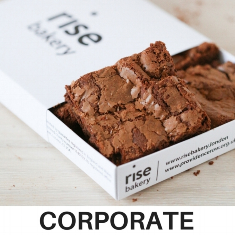 Our deluxe foodie gift boxes contain 4 brownies (gift orders) or 6 pieces (corporate)