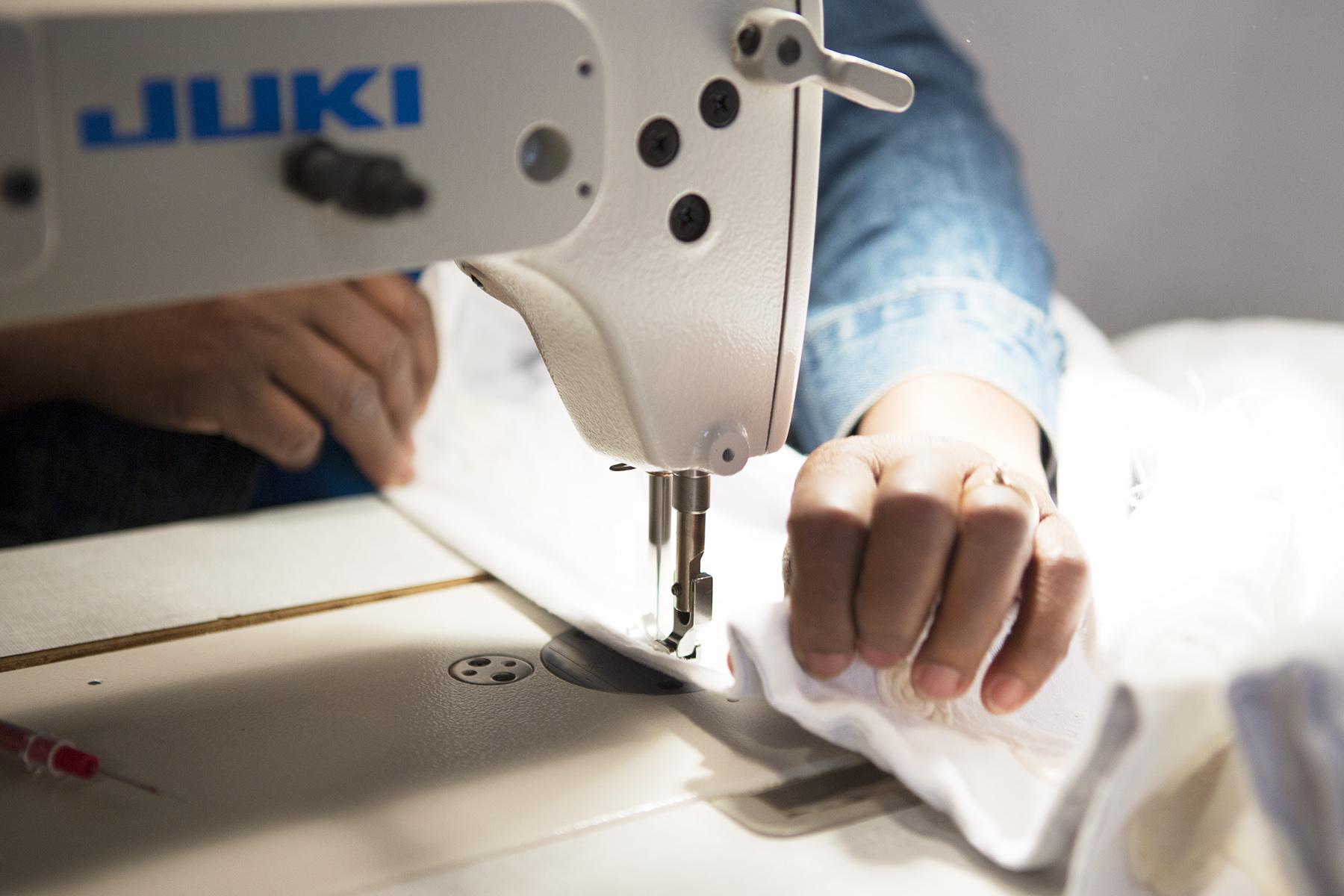 sewing-machine-detail1.jpg