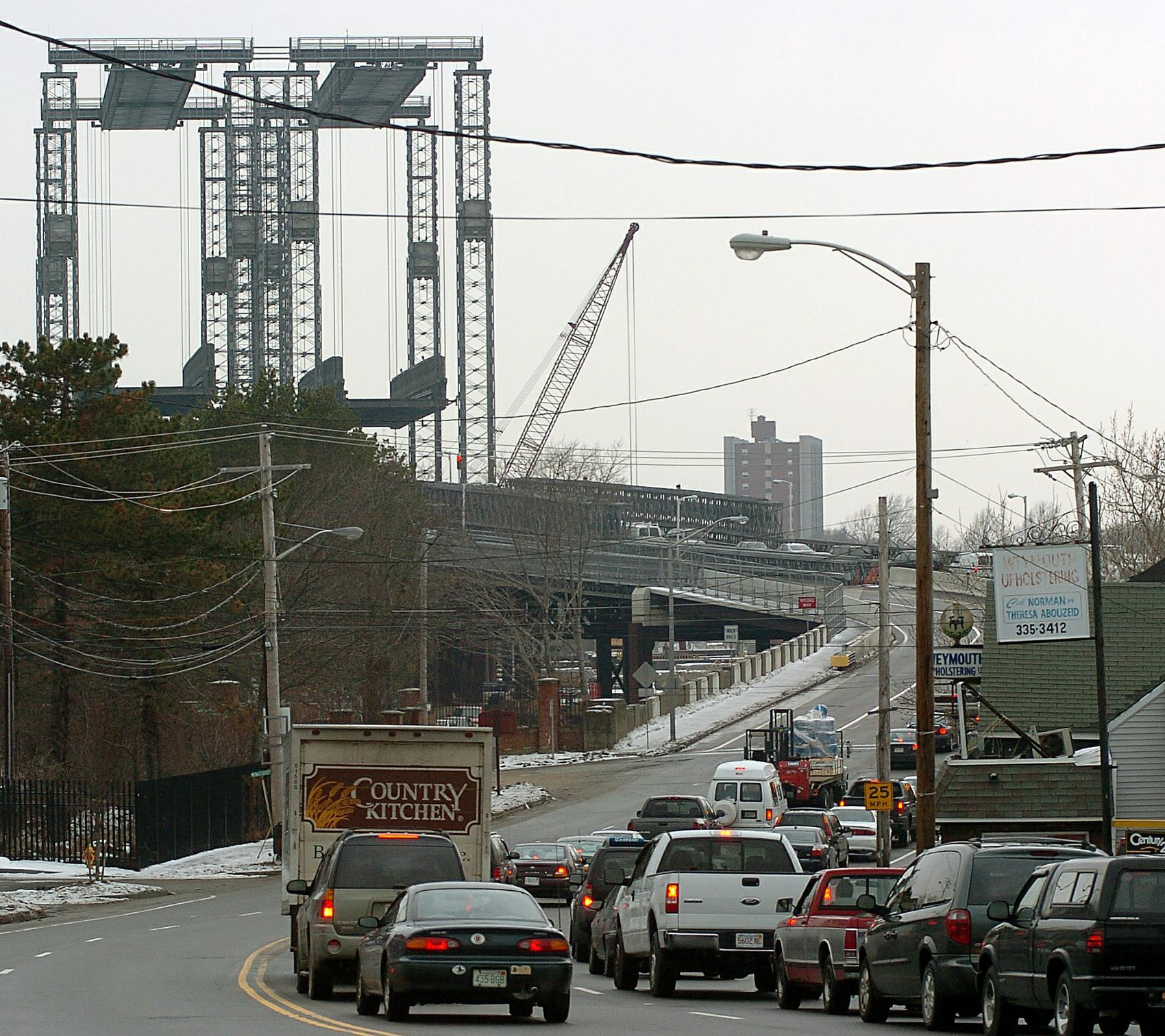 3a traffic backed up at the fore river bridge