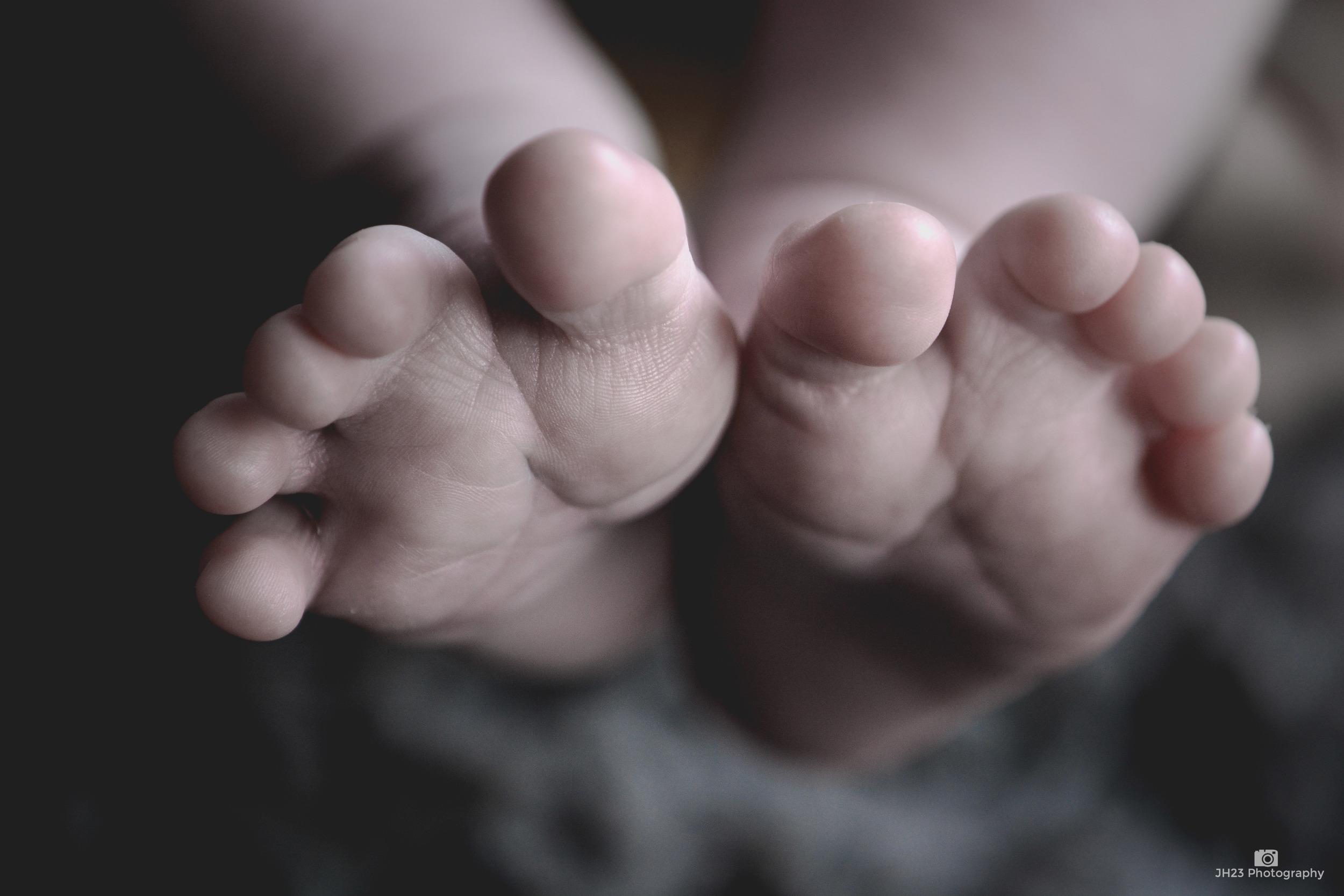 henry feet 1-1 copy.jpg