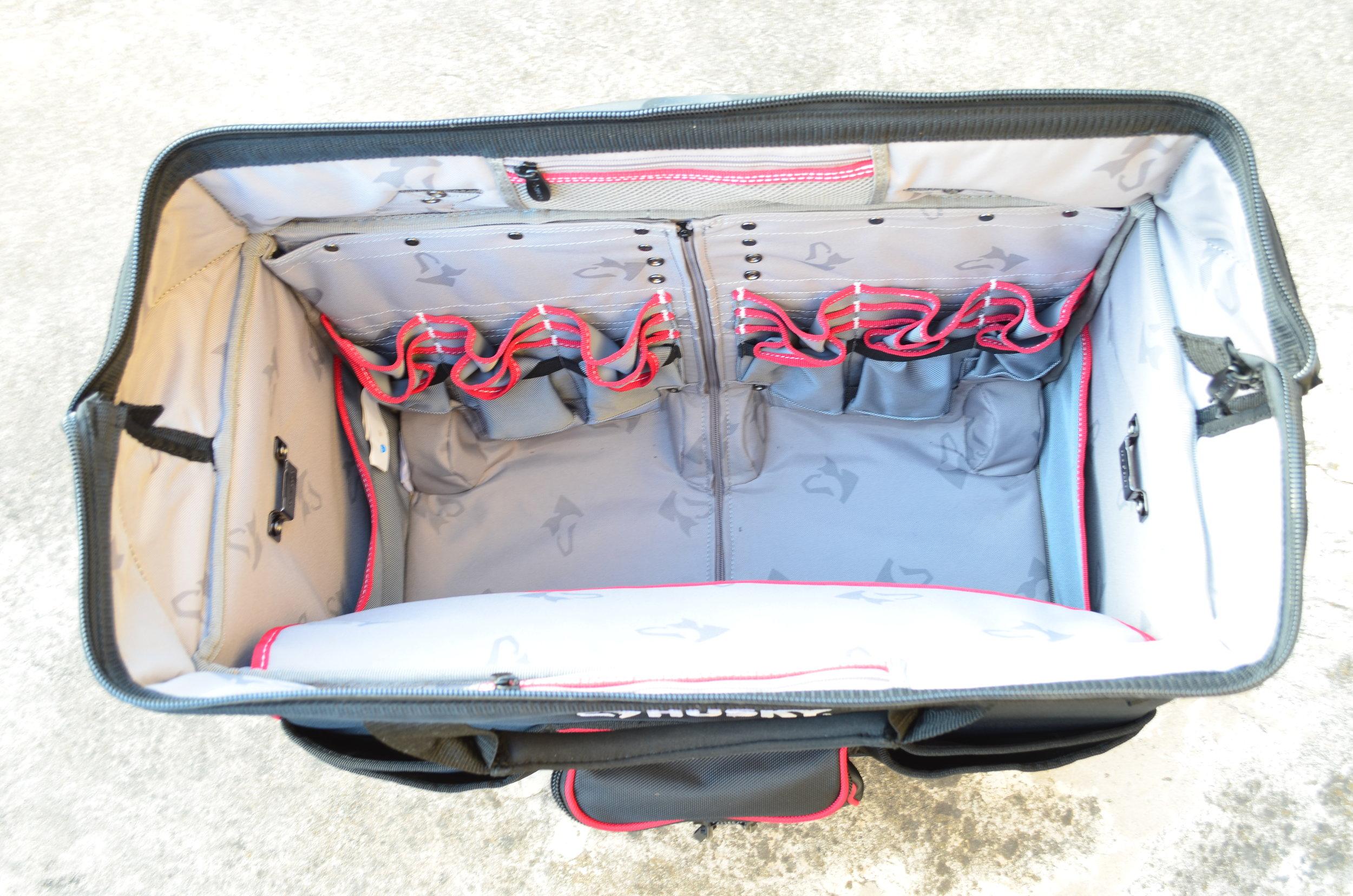 rolling-tool-case-husky-22-inch-bag