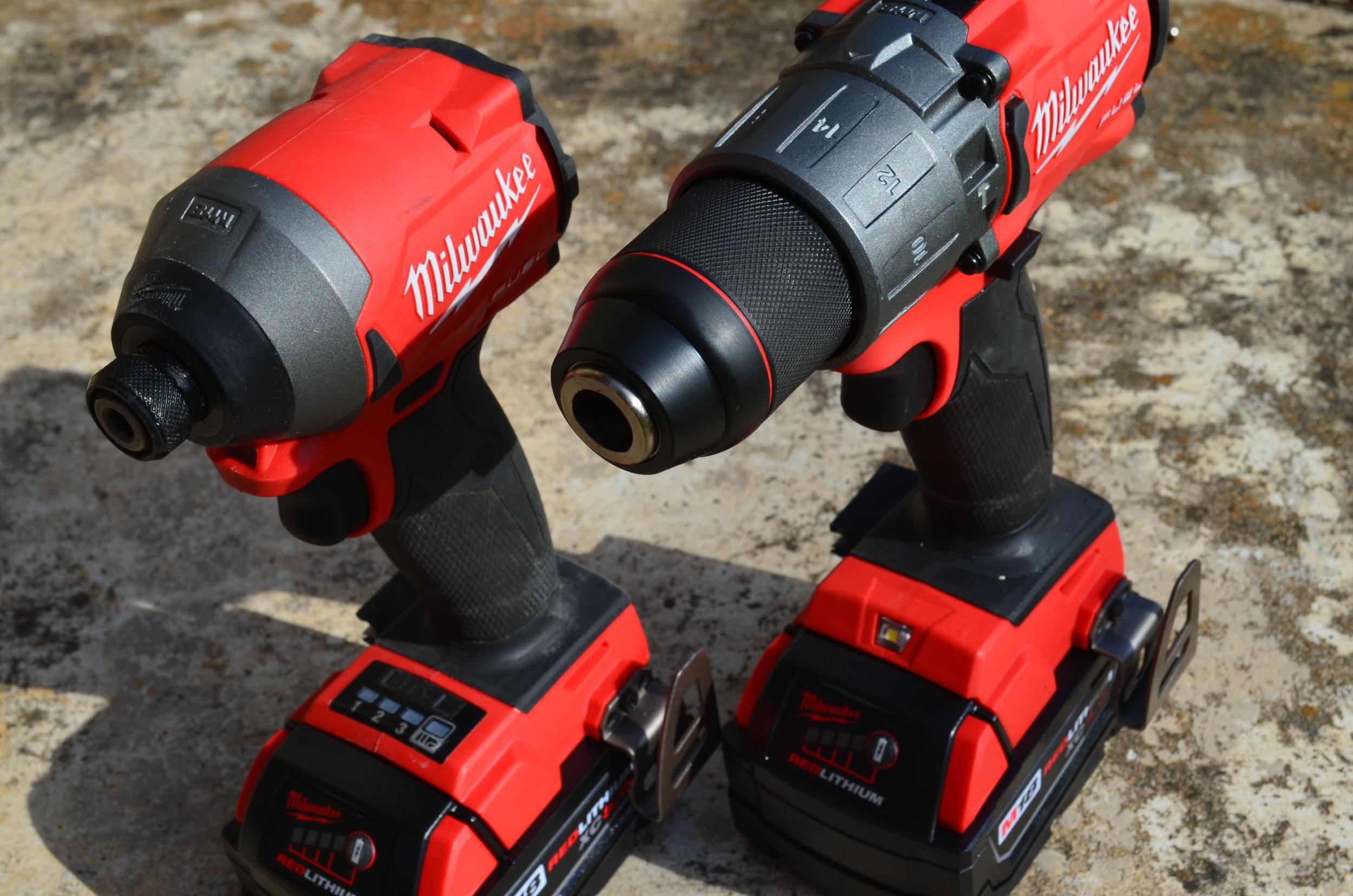 milwaukee-18v-fuel-hammerdrill-impact-driver-brushless-combo-kit