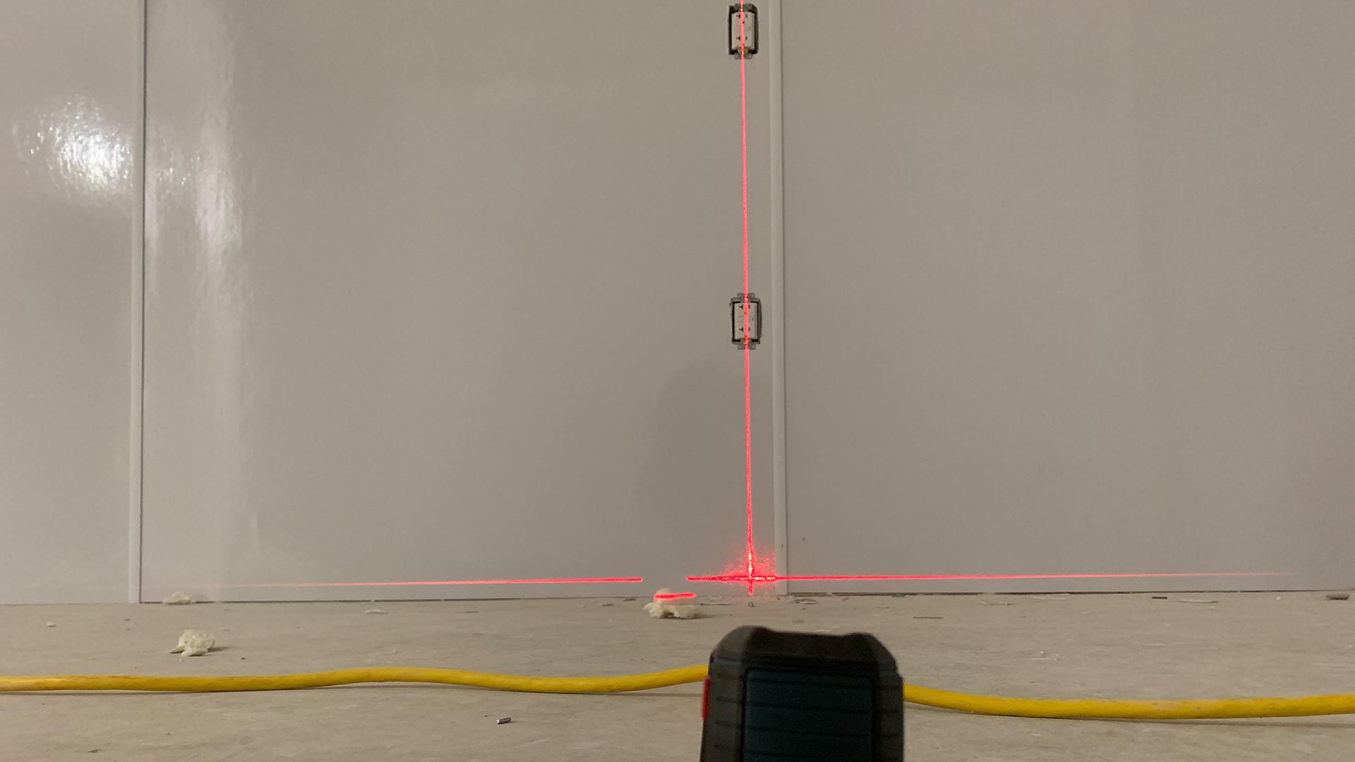 bosch-gll-30-self-leveling-line-laser.jpg