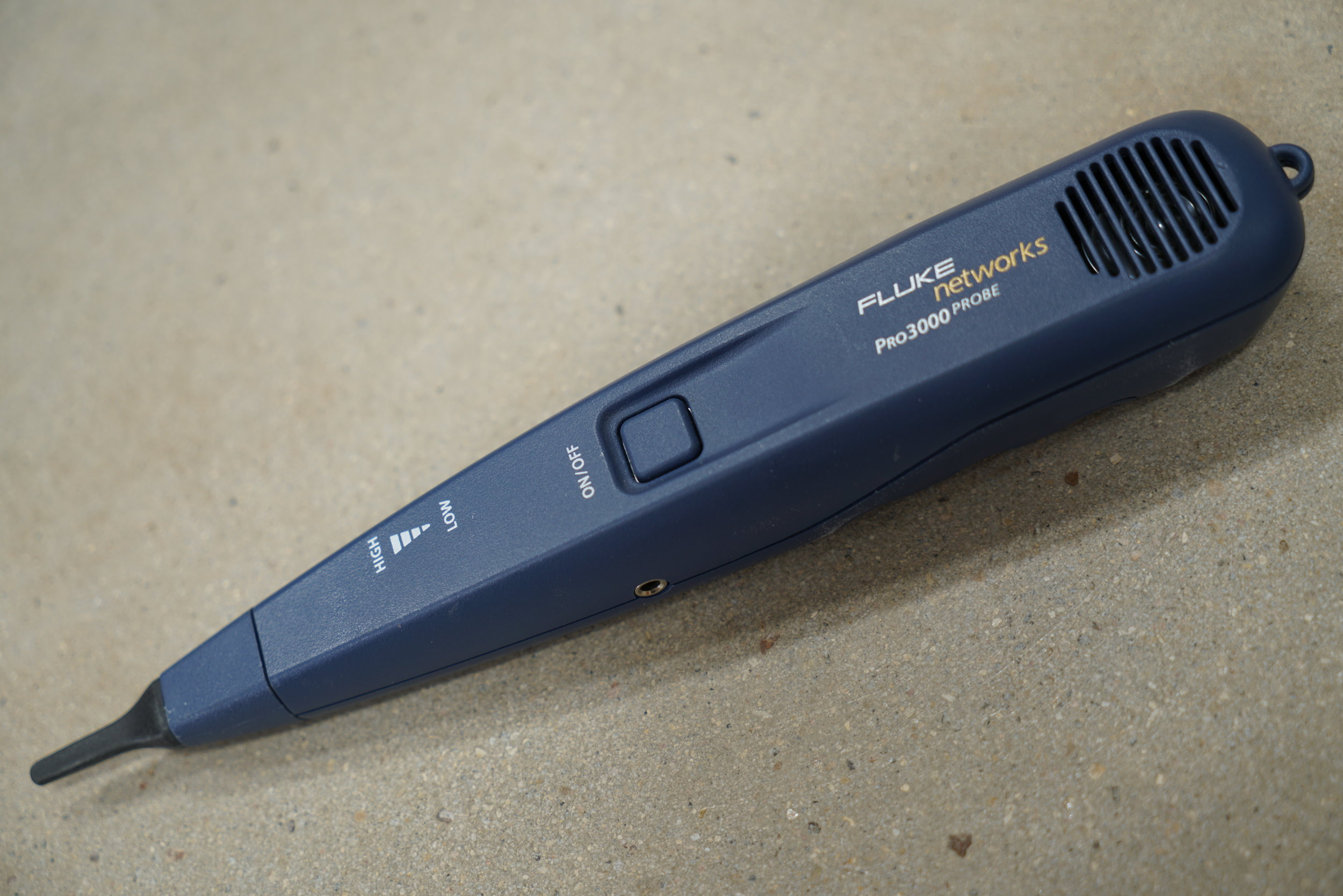fluke-low-vlotage-toner-receiver-wand