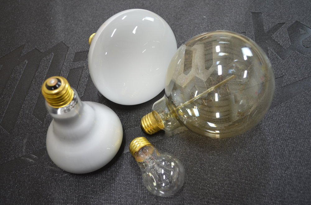assortment-of-incandescent-lamps-bulbs