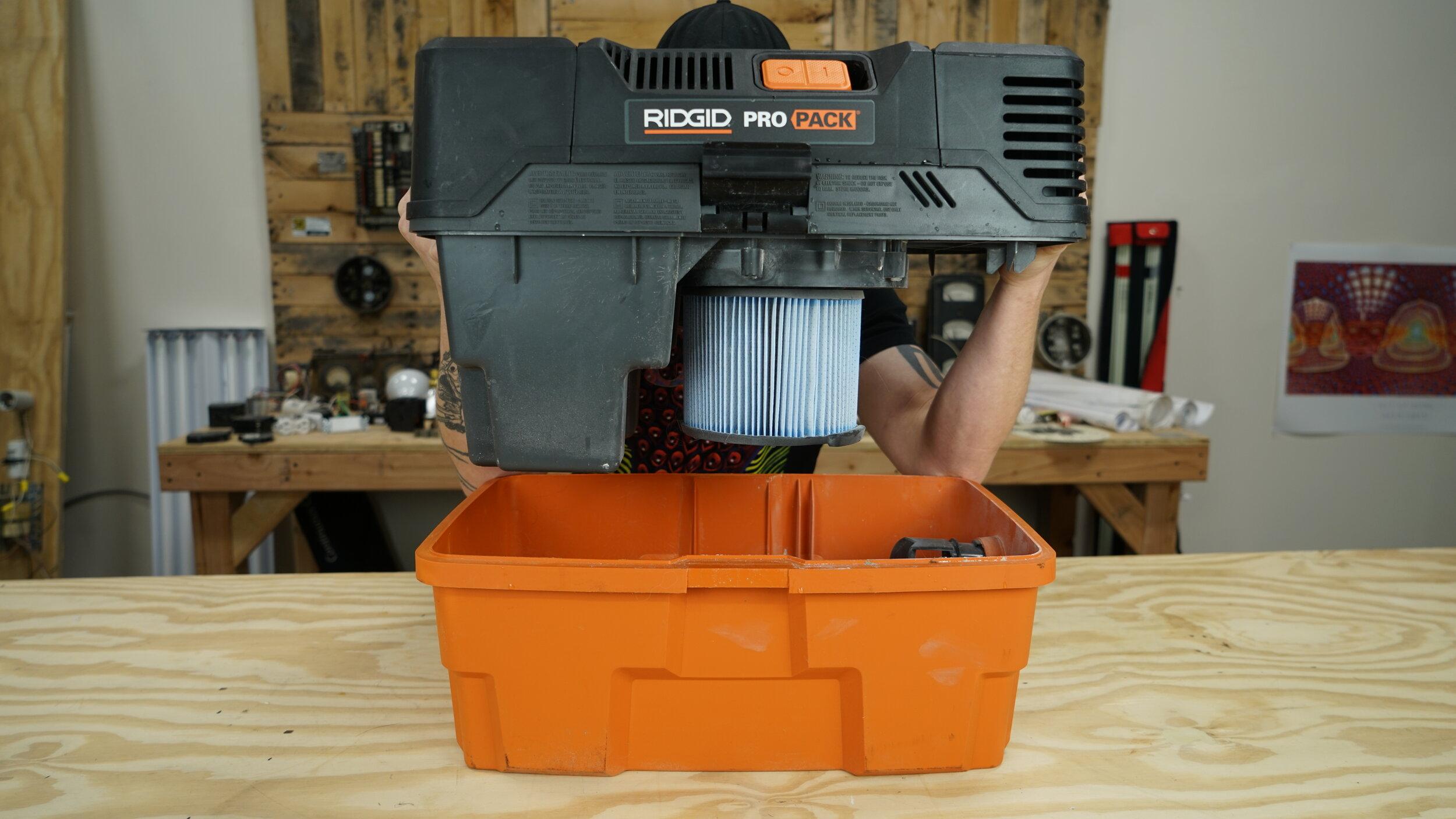 ridgid-5hp-portable-wet-dry-vac.JPG