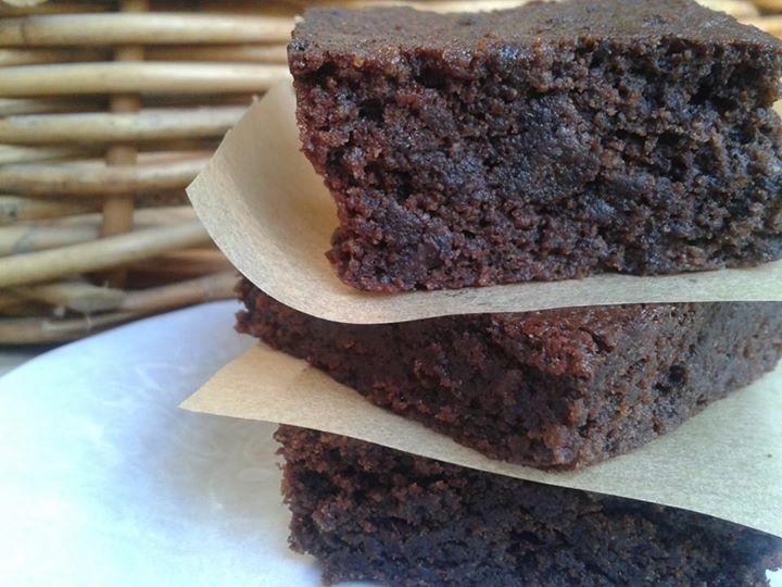 raw cacao brownie.jpg
